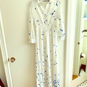 White long dress with blue spots